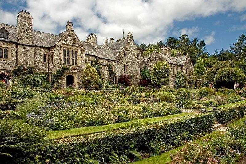House and garden, Cotehele, Cornwall (2002)