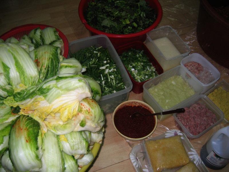 Making Kimchi at Yuns Dec10th 2005 019.jpg