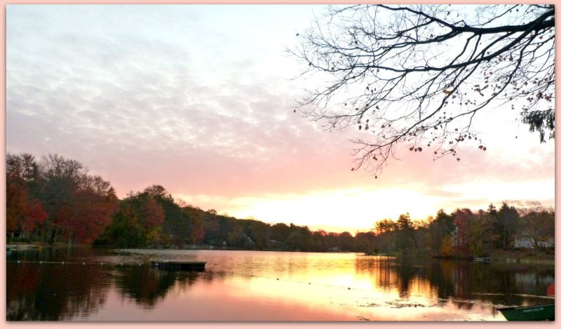 pink sunrise at lake mohawk