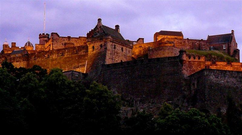 117x Edinburgh Castle.jpg