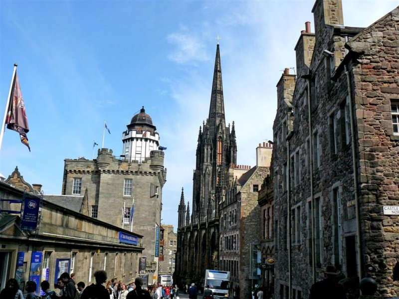162 Top of Royal Mile.JPG