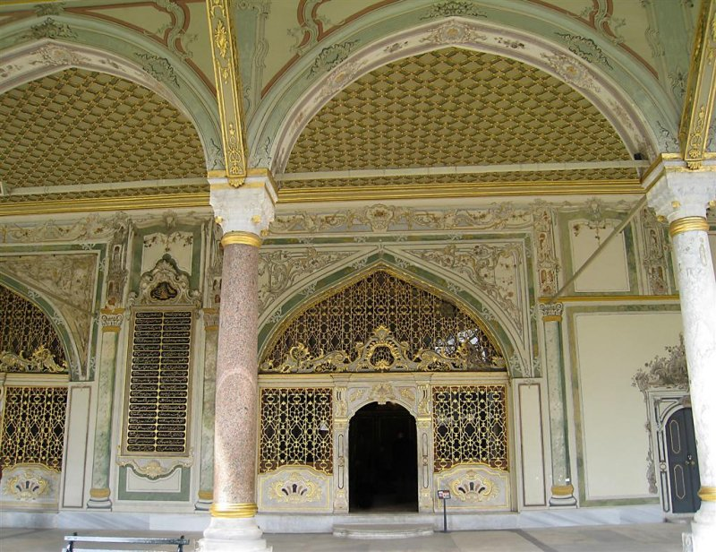 278 Topkapi Hall of the Divan.jpg