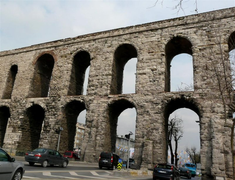 527 Bozdogan-Valens aqueduct.jpg