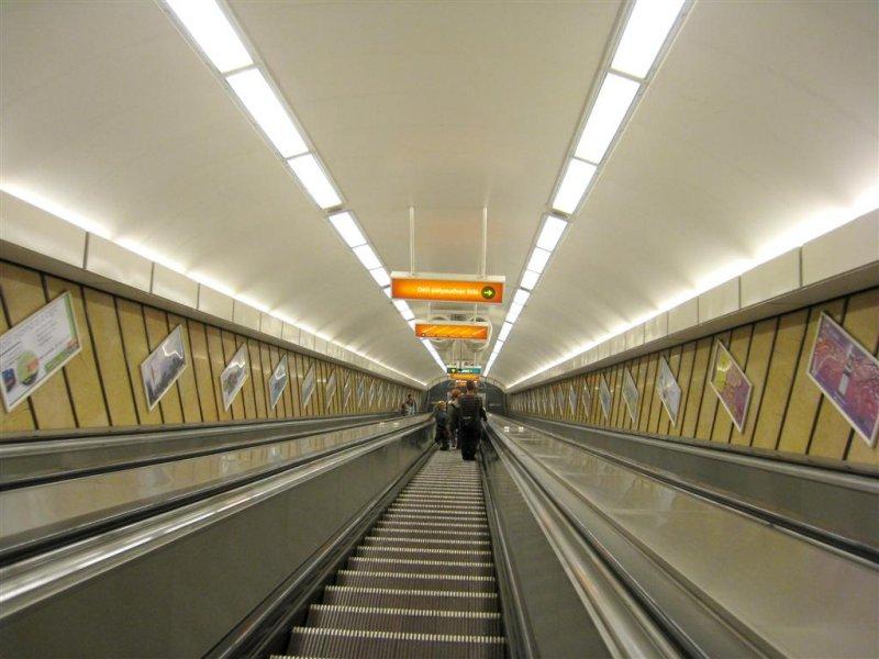 840 metro.JPG
