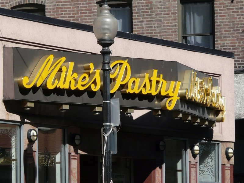 214 Mikes Pastry.jpg
