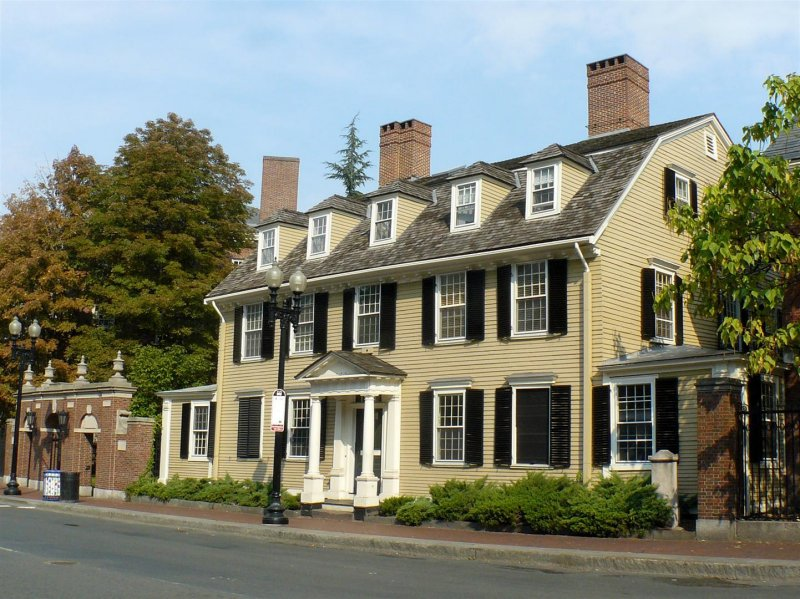 657 Mass Ave Harvard.jpg