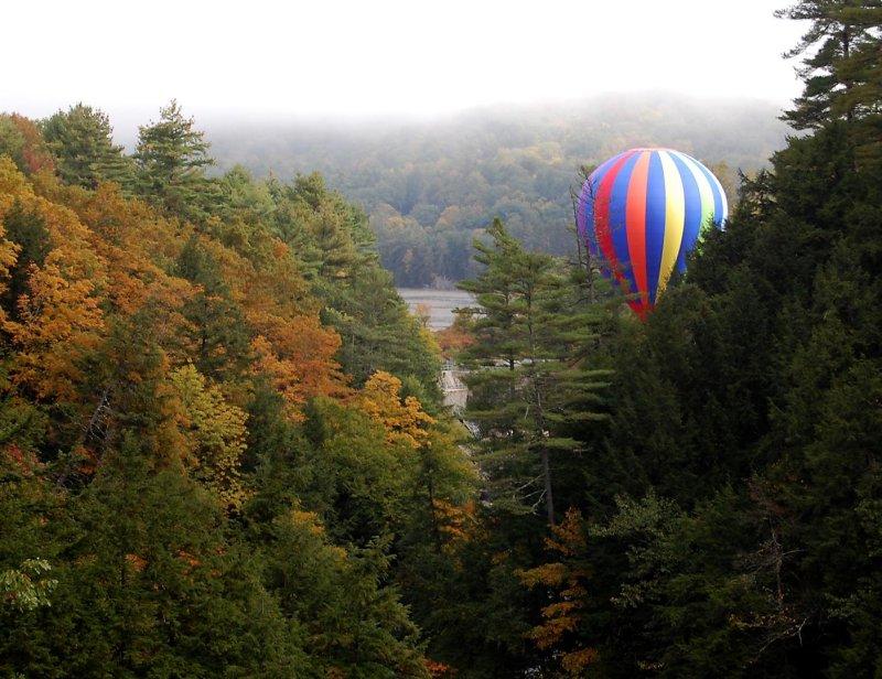 160 Quechee Gorge Baloon 2.jpg