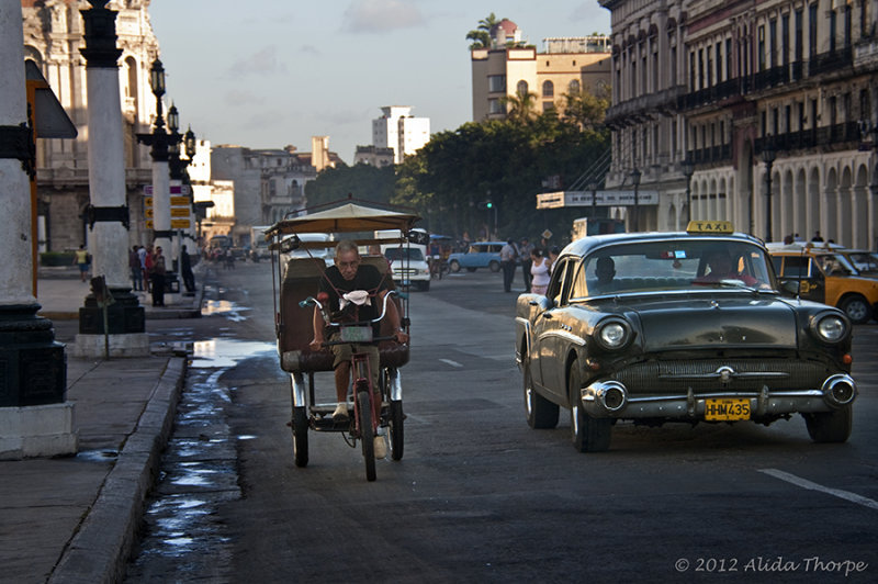 pedicab street