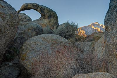 Mobius arch / Lone Pine peak