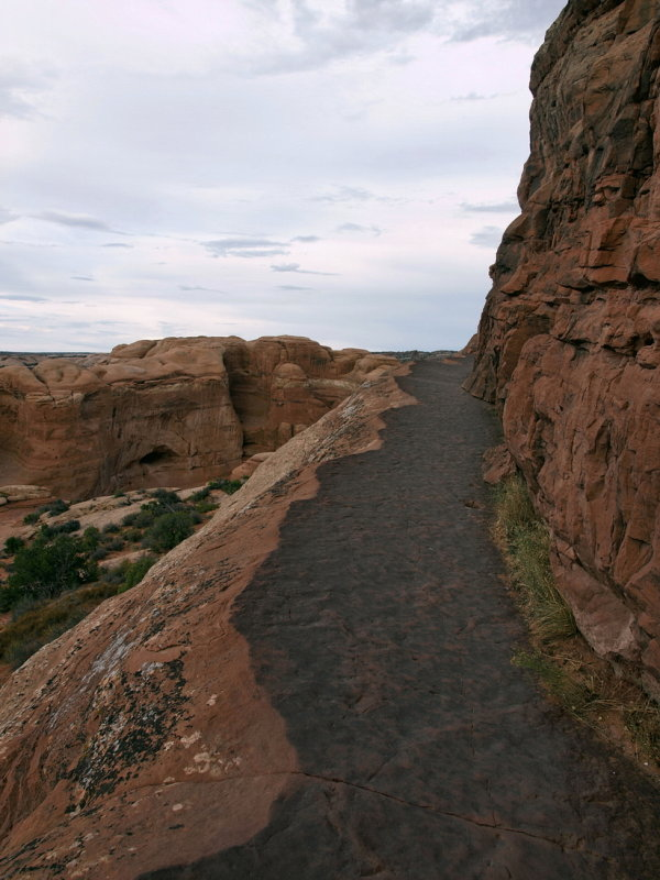 On the way to Delicate Arch, 5:50pm