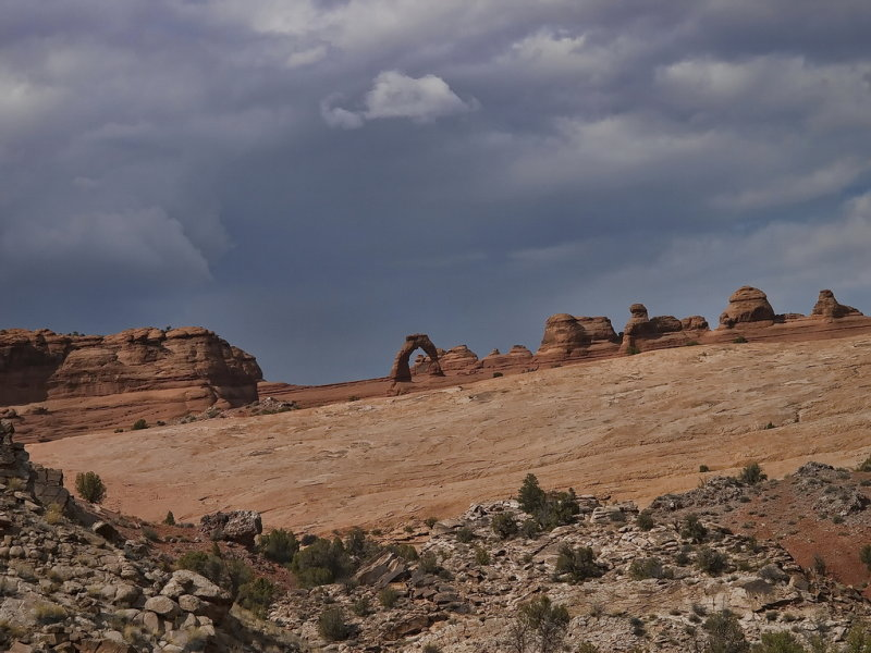 Delicate Arch from view point in the valley