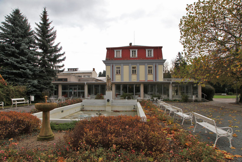 Spa building in Lazne Bohdanec