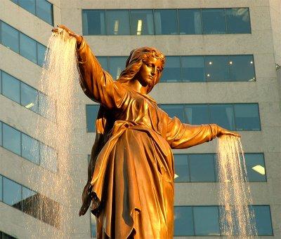 FountainSquare2n.jpg