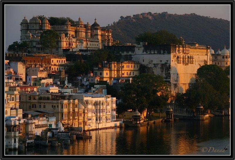Udaipur. Sunset Light on Maharajahs Palace.
