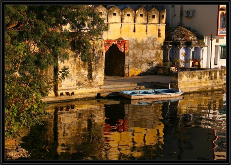 Afternoon Reflections on Lake Pichola. Udaipur.