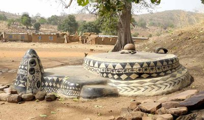 Grave of the first king of Tiébélé in front of the royal compound, Burkina Faso