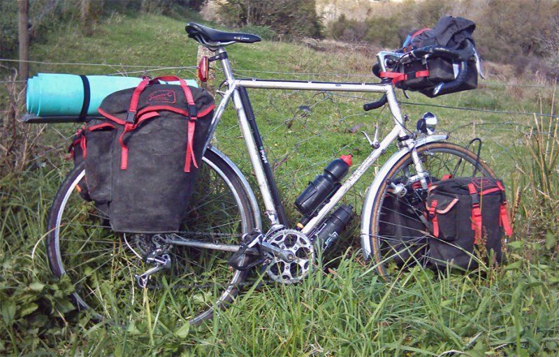 103  Denise - Touring New Zealand - Unknown touring bike