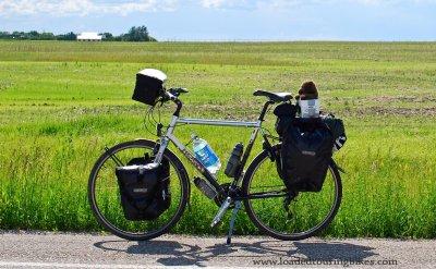398    Stef touring Saskatchewan - Koga Miyata Lightspeed touring bike