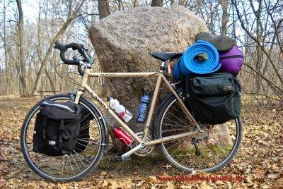 412    Heath touring Minnesota - Surly Long Haul Trucker touring bike