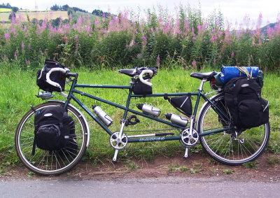 090  Stephen & Amy - Touring South Wales - Dawes Galaxy Twin touring bike