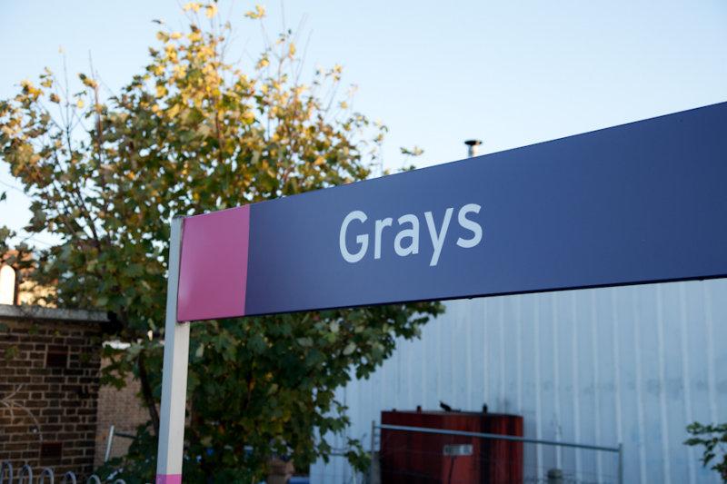 Grays sign