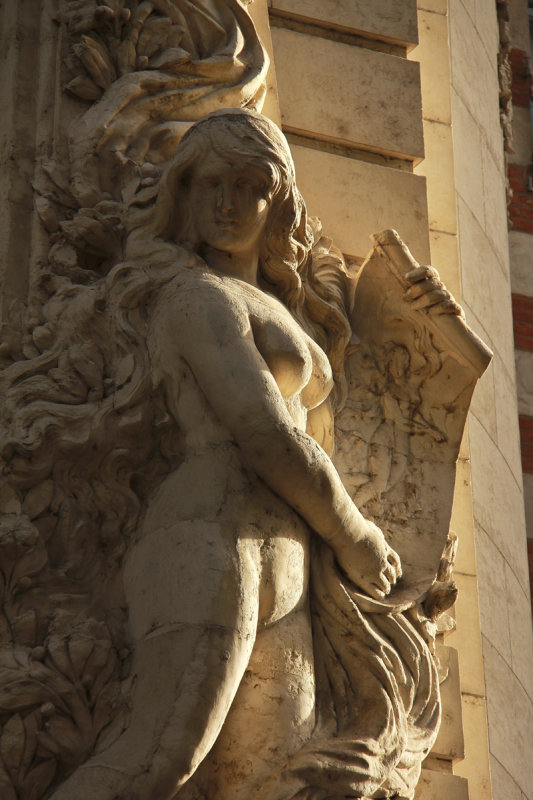 Statue Toulouse.jpg