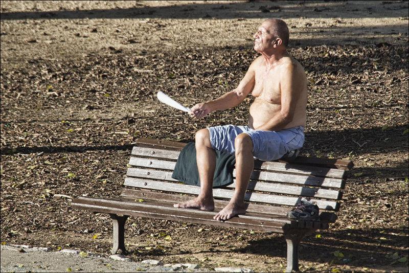 Tel Avivs winter sunshine