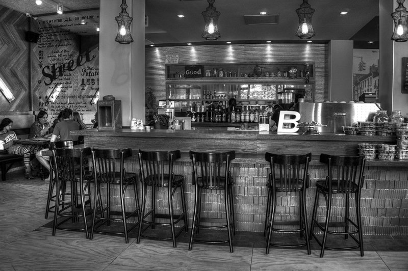 Restaurant in Herzliya.jpg