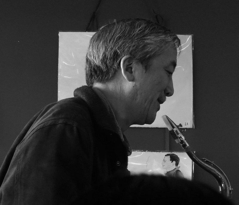 Jazz at Cheeseboard, iso800, 125mm-equiv. 0563