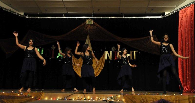 A dance at Indian Night _DSC7366.jpg