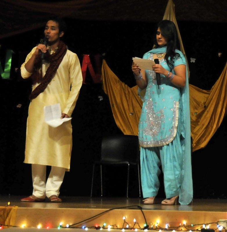 Indian Night hosts _DSC7270.jpg