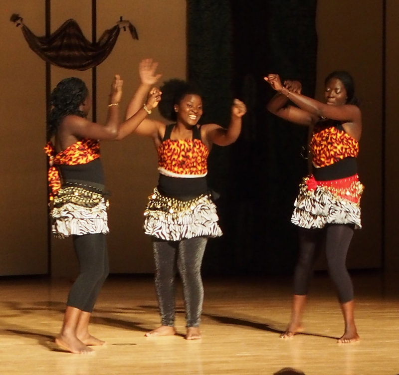 Cameroon Dance at Africa Night 2013 at ISU 063.jpg