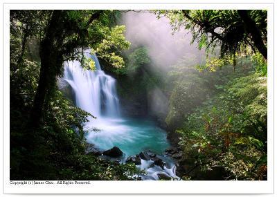 ¤Û¤§¤º¬}Âr¥¬ Fantastic Hsin-Hsien Waterfall (2005)