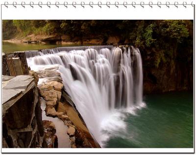 ¤Q¤ÀÂr¥¬¤Q¤ÀªìÅéÅç Shifen waterfall