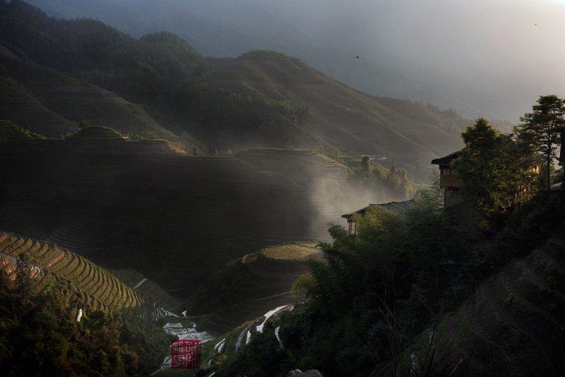 Sunrise in Longji (China)