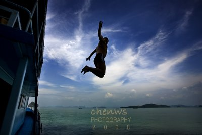 Jump, Phuket (Thailand)