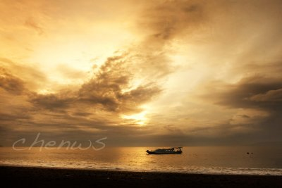 Sunrise in Kusamba village _CWS6698.jpg