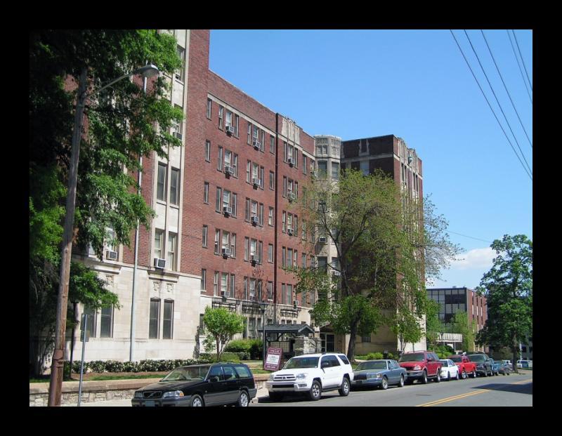 Lee Apartments
