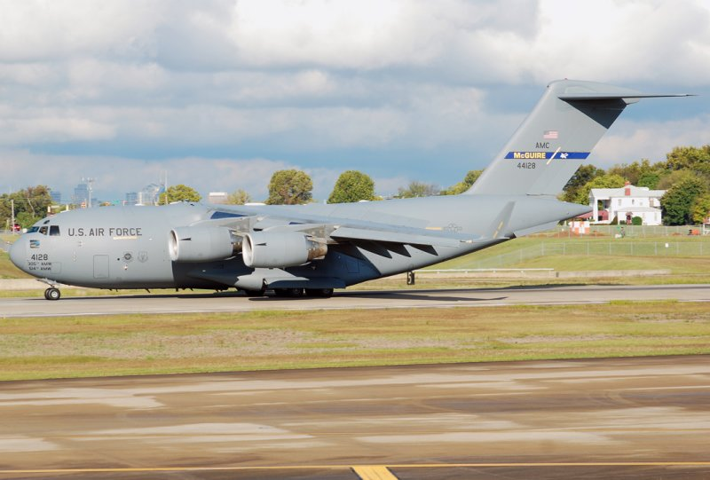 US Air Force Boeing C-17A Globemaster III (04-4128) McGuire Air Force Base