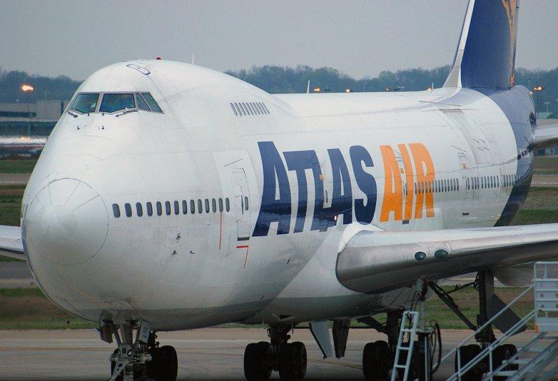 Atlas Air Boeing 747-2D7B(SF) (N523MC)