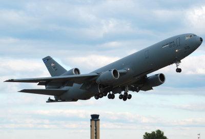 US Air Force McDonnell Douglas KC-10A Extender (DC-10-30CF) Travis Air Force Base (84-0185)