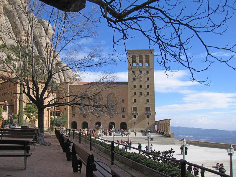 Montserrat plaza