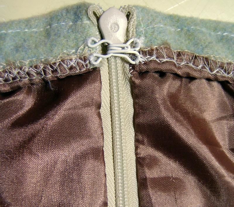 Inside Side Zipper with Hook & Eye and Lining