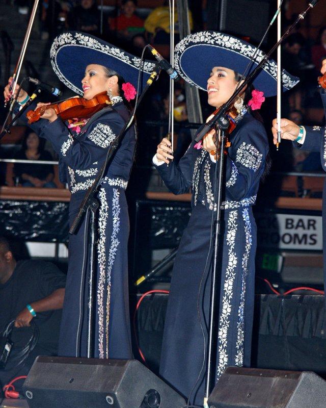 Mariachi Mujer 2000 - 2009 -07.jpg