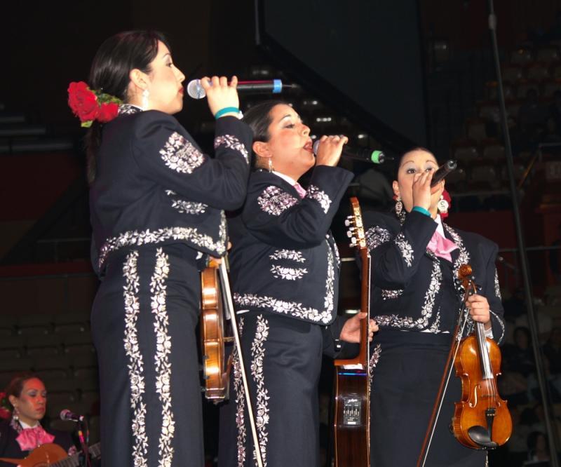 Mariachi Mujer 2000-021.jpg