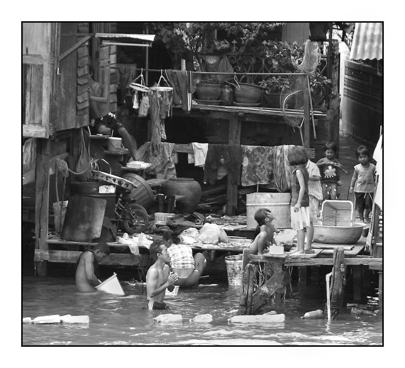 Chao Phraya river scene