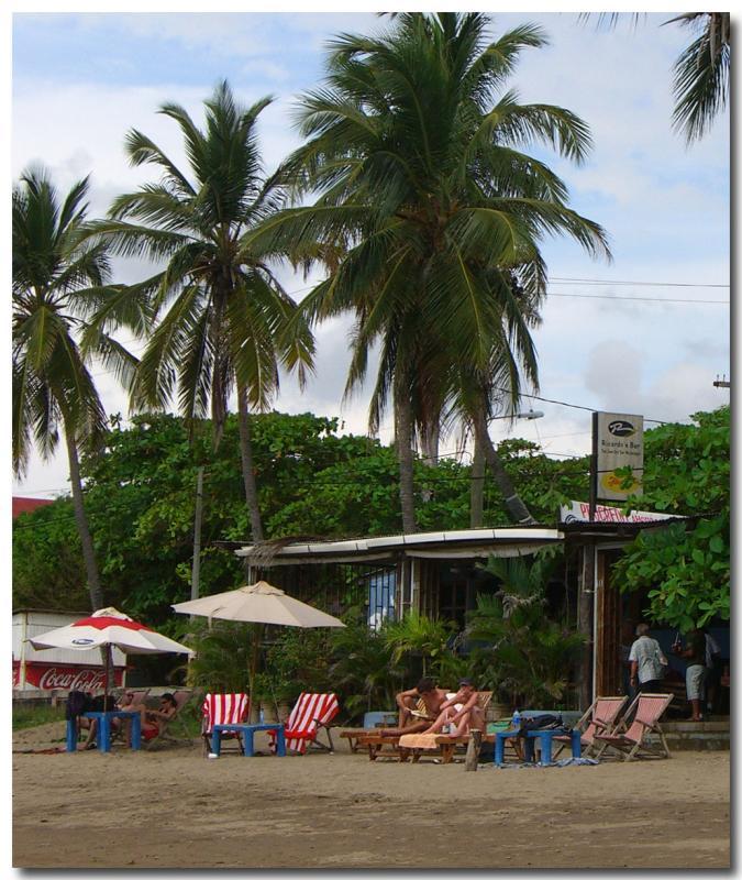 The beach side of Ricardos Bar