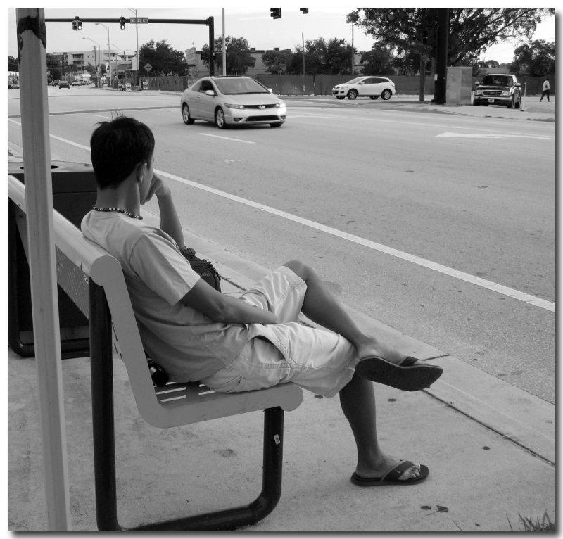 IMG_6650 bus stop.jpg
