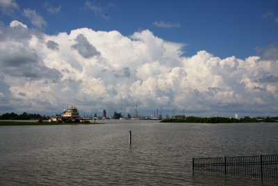 Corps of Engineers Monitoring Bonnet Carre River Levels