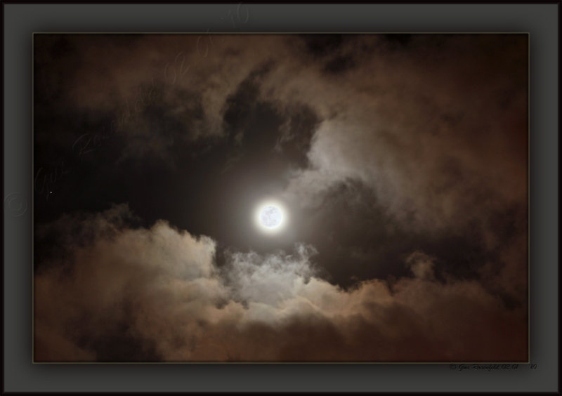 Perigee Wolf Moon Of 2010 With Mars @ Image Left
